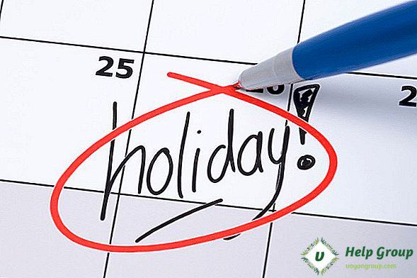 Holiday Floating: Definition & How to Implement Your Policy